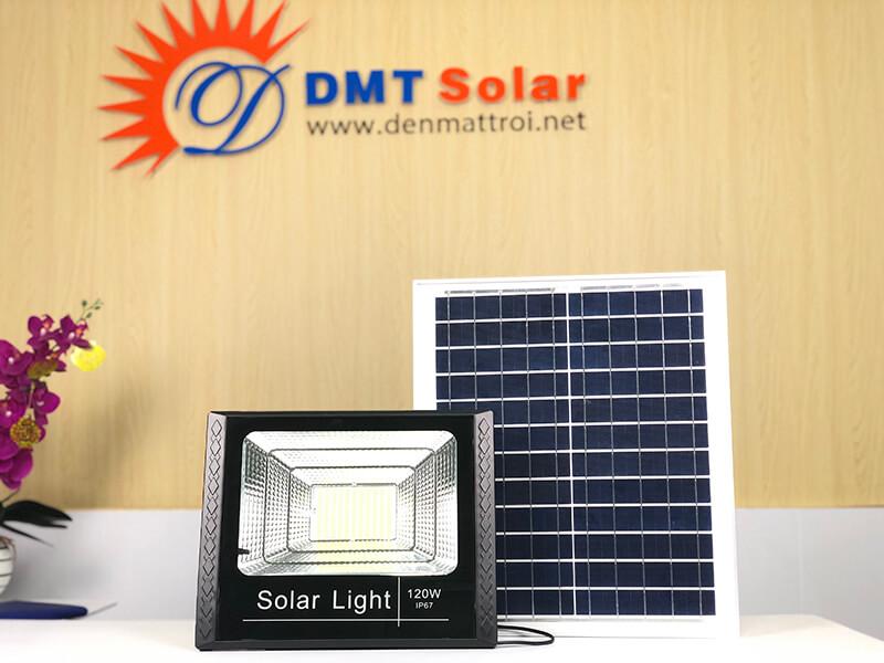 đèn pha năng lượng mặt trời đồng nai