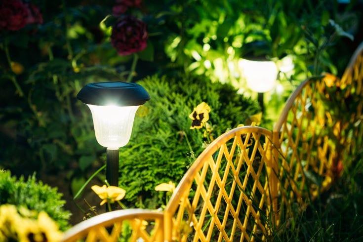 Cách lắp đặt đèn năng lượng mặt trời