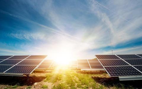 9 lý do để đầu tư vào đèn năng lượng mặt trời